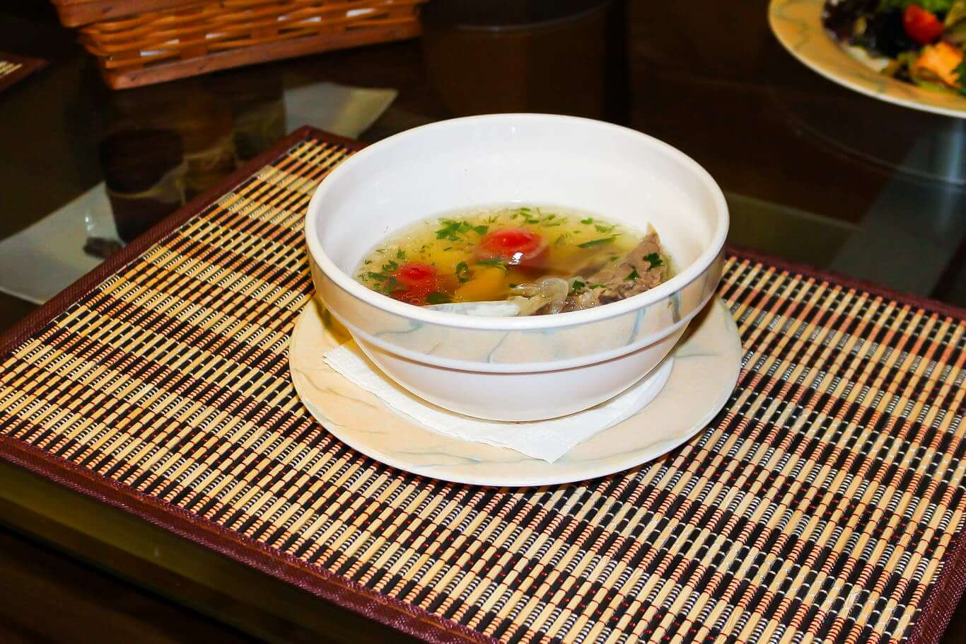 Карпаччо и тартар Оригинальные блюда из сырой рыбы для